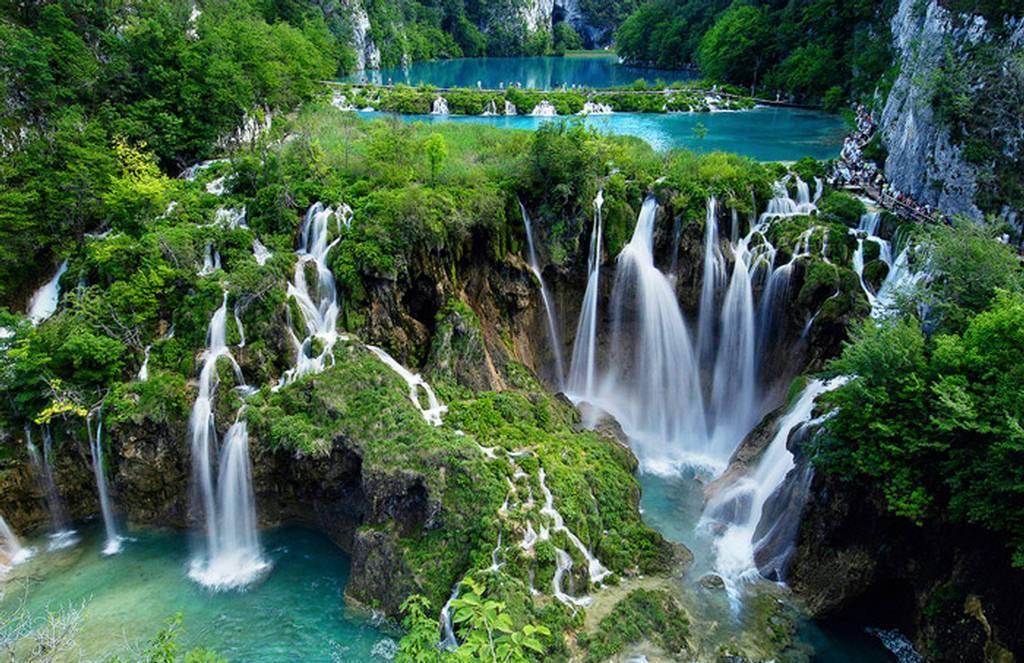 Hrvatska - Page 3 Plitvice-lakes